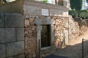 Área-funeraria-de-los-columbarios